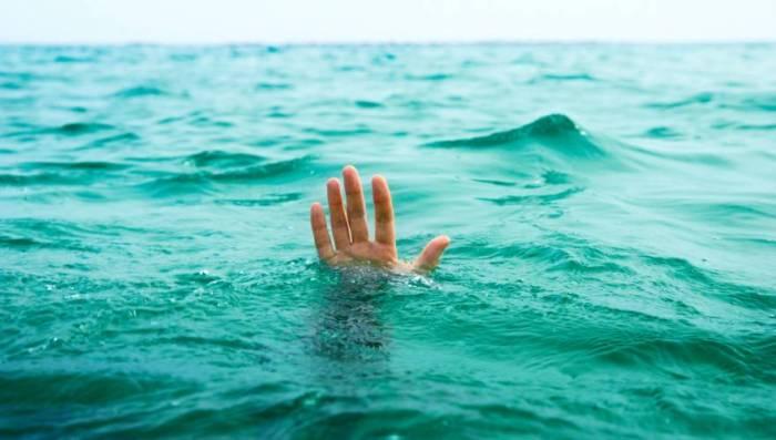 man-drowning